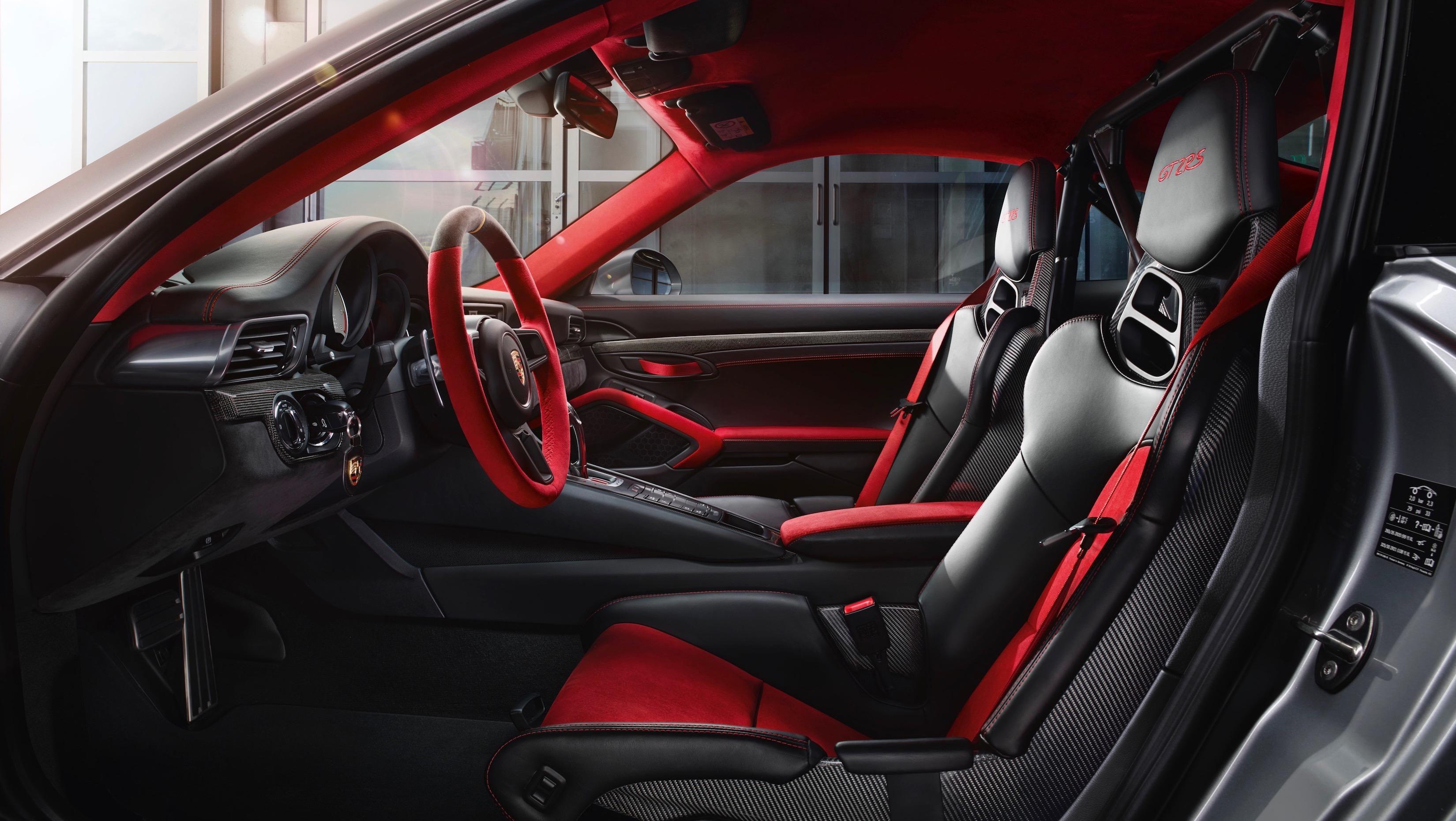Новый Порше 911 GT2 RSпоказался наофициальных фото