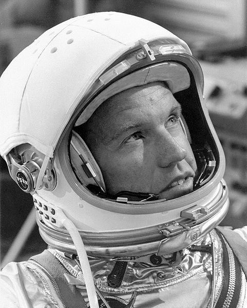 Первый космонавт, который заснул в космосе