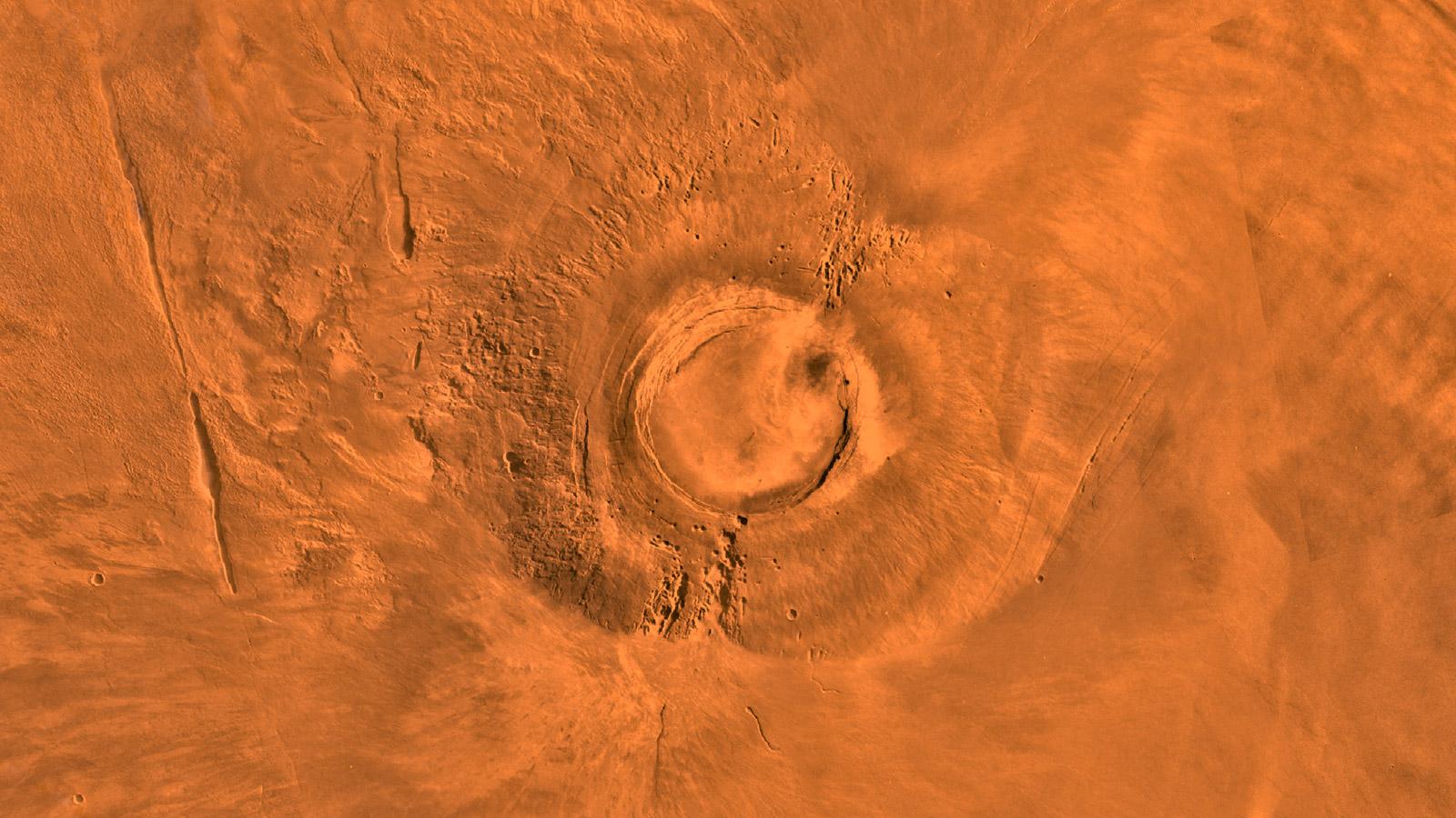 ВNASA сообщили обактивности одного извысочайших вулканов Марса