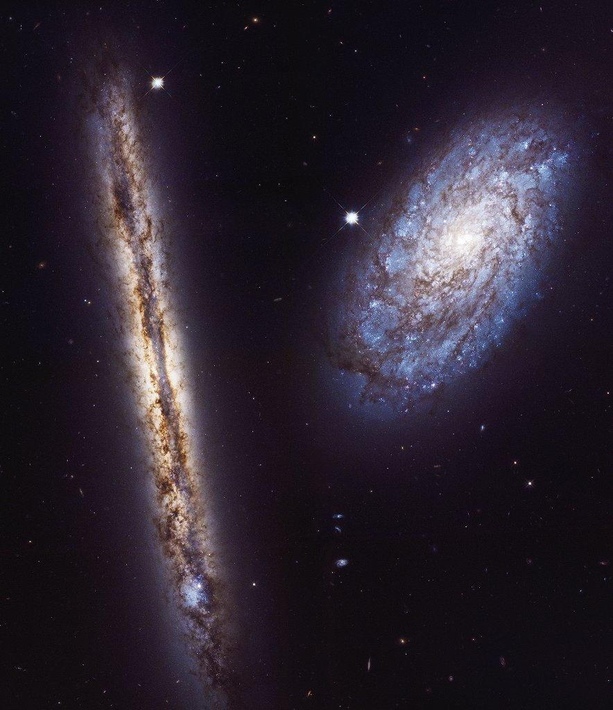 Ксвоему 27-летию «Хаббл» запечатлел две галактики