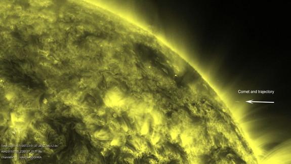Впервые гибель кометы вблизи Солнца заснята на видео