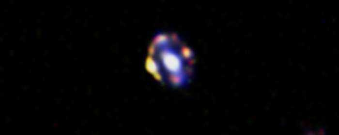 Найдена самая далекая гравитационная линза
