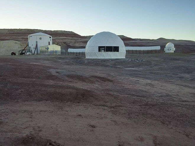 Новые марсиане: впустыне США астронавты готовятся кжизни накрасной планете