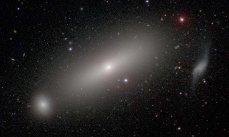 Астрономы взвесили черную дыру-«тяжеловеса» с рекордной точностью