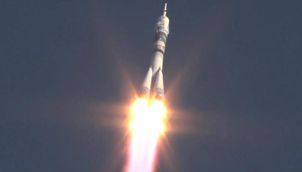 Олимпийский факел запущен в космос