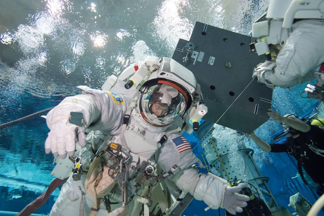 Картинки про космос и космонавтов рк